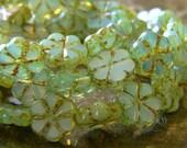 Limeade Blooms (10) -Czech Glass Daisy Flowers 10mm
