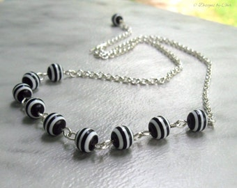 Black & White Stripe Necklace, Lucite Beads Hand Wired Silver, Adjustable with Handmade Clasp... Trendy, Classic Jewelry