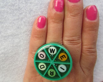 WEIRDO - upcycled Trivial Pursuit adjustable ring - green
