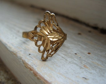 FREE SHIPPING Vintage Industrial Brass Ring Size 8