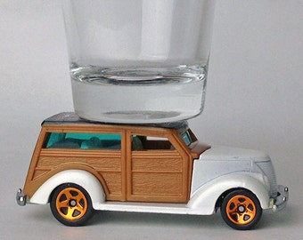 The ORIGINAL Hot Shot, Classic Hot Rods, Shot Glass, '37 Ford Woodie, Hot Wheel