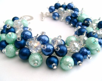 Wedding Jewelry, Pearl Bridesmaid Bracelet, Cobalt Blue and Mint Green, Pearl Bracelet, Cluster Bracelet, Chunky Bracelet, Pearl Jewelry