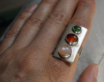On SALE, Spring Trio, a gemstone and silver sheath ring