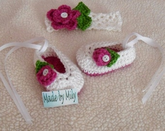 Hand crocheted ballerina slippers  with coordinated headband for baby girls adorable design