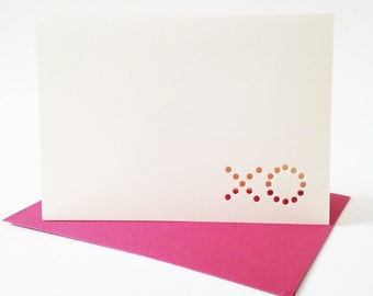 xo ... set of 3 off-white blank cards