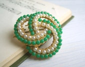 Spring Greens vintage brooch - gold, pearl and green knot - 1950s pin