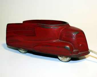 1940s Sun Rubber Streamlined Truck