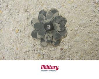 US Army Patriotic ACU Flower Pin