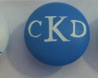 Monogram knob