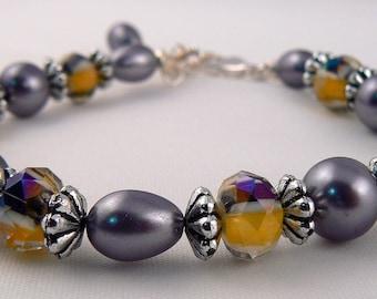 Yellow & Black Venetian Millefiori Crystal Bracelet, Grey and Yellow Bead Strand Bracelet, Gray Bracelet, Stacking Statement Bracelet (2164)