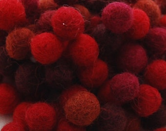 1.5cm / 15mm - 100% Wool Felt Balls - 100 Count - Assorted Red Color Shades
