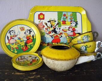 Antique Krazy Kat Tin Litho Tea Set Rare Chein Toy