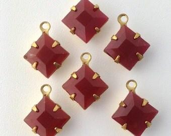 Vintage Carnelian Glass Stones in 1 Loop Brass Setting 8mm (6) squ002ZZ