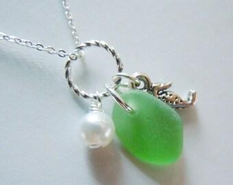 Green Sea Glass Seahorse Necklace - Seaglass Jewelry - Beach Glass Pendant
