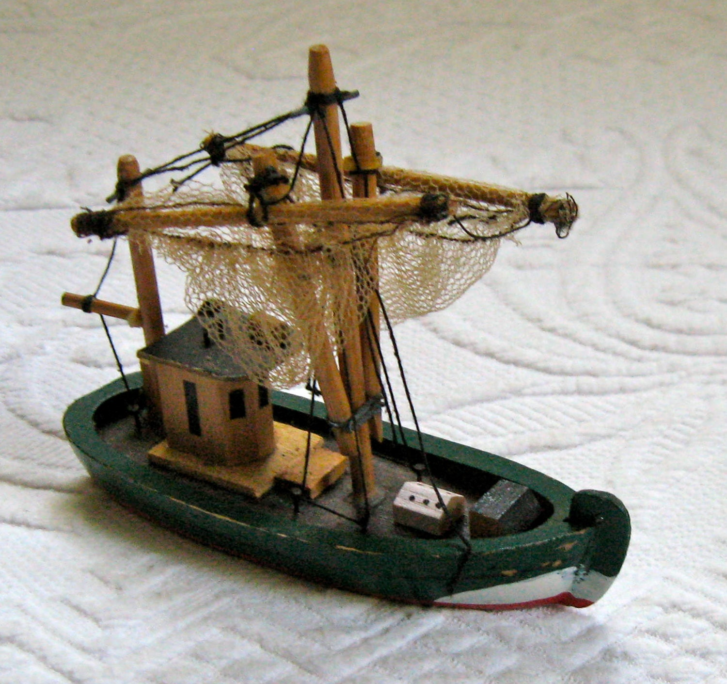 Wooden fishing boat fishing boat with nets toy fishing for Wooden fishing net