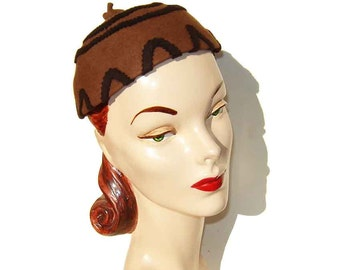 Vintage 40s Hat Art Deco Ladies Brown Felt Cap & Two Hat Pins