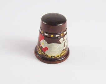 Vintage 50s 60s Painted Chicken Wood Sewing Thimble