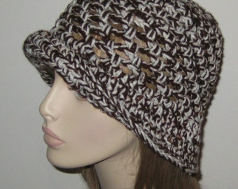 Crochet Cloche Hat in Aran Fleck and Brown