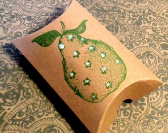 Set of 10 Christmas Pillow Boxes - Hand stamped - Pear - Gift Boxes