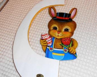 Vintage Honeycomb Easter Bunny Egg Wall Hanging. Vintage Easter Decorations