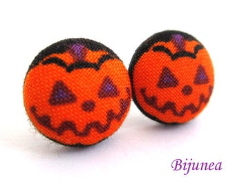 Pumpkin earrings - Halloween pumpkin stud earrings- Halloween pumpkin post earrings - Halloween pumpkin posts sf1067