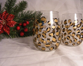 painted leopard print wine glasses in gold and black