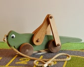 Toy Grasshopper Pull Toy - Handcrafted Wooden Green Grasshopper Pull Toy