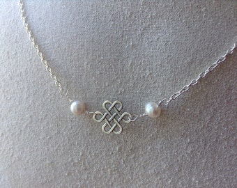 Celtic Knot With Pearls Silver Necklace