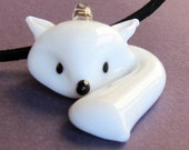 Arctic Fox Glass Necklace - cute white baby fox lampwork  (R2H2)