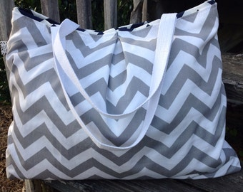 Chevron tote, chevron purse, gray chevron purse, navy chevron purse, gray chevron tote, navy chevron tote, reversible tote, large beach bag