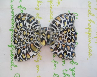NEW Item Huge Leopard bow cabochon 1pc Gold