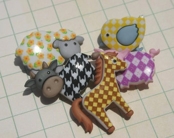 Farm Animal Shank Buttons - Sewing Button - Darling Childrens Clothing Kids - 5 Buttons