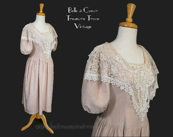 1980s Dress Pink Romantic Victorian Style Vintage with Lace Puffy Sleeves Small
