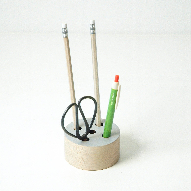 Beech Wood Pencil Holder Round Design