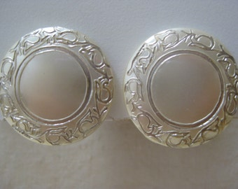 Pearl Gold Round Earrings Clip Vintage