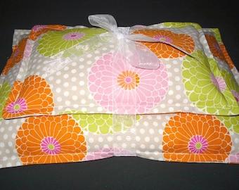 Microwavable Corn Heating Pad, Corn Bag, Heat Therapy, Ice Pack, Warm Hugs Gift Set