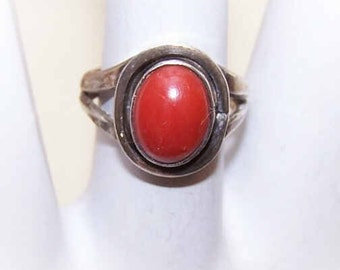 60s Native American STERLING SILVER & Coral Ring