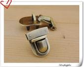 Anti bronze Purse lock  twist  purse turn lock clutch clock  33mm x 40mm (1.25 inch x 1.5 inch )   N3