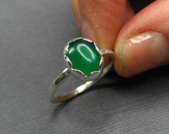 Sterling Silver Oval Green Chalcedony Ring - Sterling Stacking Ring - Emerald Green Ring - Made to Order