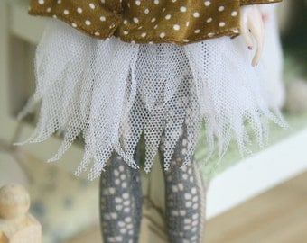 jiajiadoll-white lace mesh plumage skirt for Momoko or Misaki or Blythe
