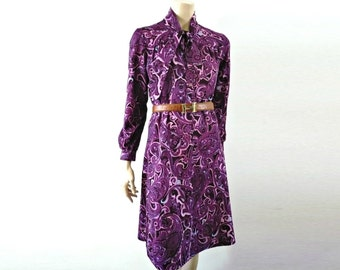 VIOLETTE French Vintage Purple Paisley Secretary Dress