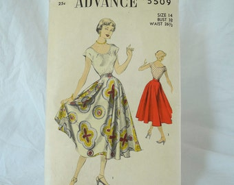 Vintage Advance 5509 sewing pattern 1950s circle skirt and blouse bust 32