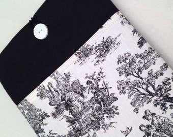 Macbook air 13 padded sleeve  / Macbook pro 13 retina cover /Made in Maine / black and white toile