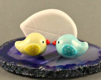 Little Birds Business Card Holder - Yellow And Blue - Purple Agate Slice - Miniature Polymer Clay Animals