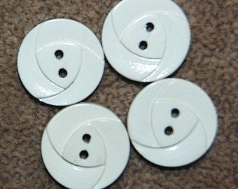 Vintage 4 Art Deco Chalk White 15mm Buttons  N6R 4