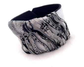 Women's wide Leather bracelet Cuff in silver and white color Casual wristband Leather jewelry