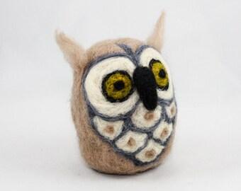 Needle Felted Owl (Tan / Gray / White)