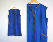 SALE / vintage '60s-style royal blue MICROSUEDE sleeveless button-front JUMPER / cocktail dress. size xl.