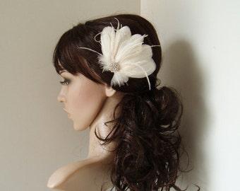 Feather Hair Clip WEDDING FASCINATOR bridal accessory IVORY facinator bride hair piece