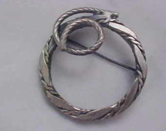 Beautiful Antiqued Silver Plate Coiled Intricate Brooch/Pin